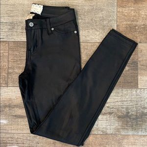 🖤Altar'd State black skinny pants- 26/3
